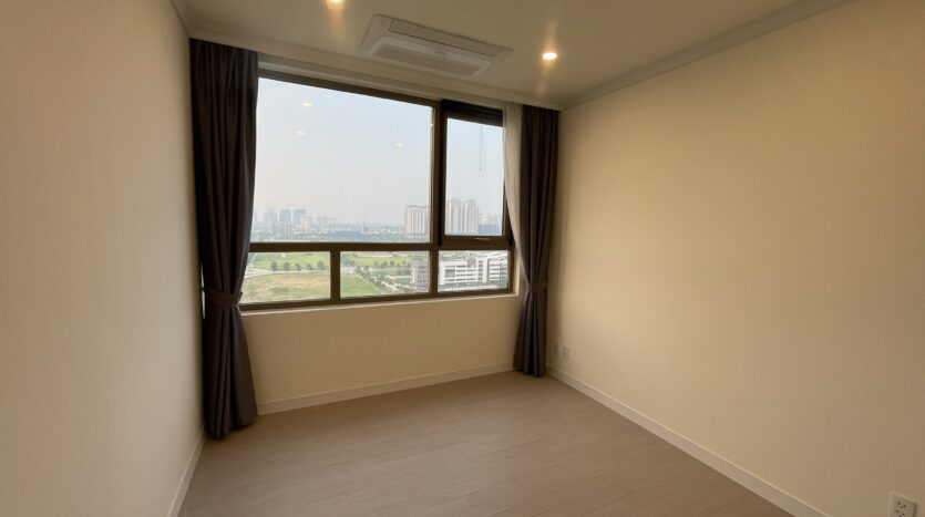 Amazing Full Furnished 3BRs in Starlake Urban City for Rent 6