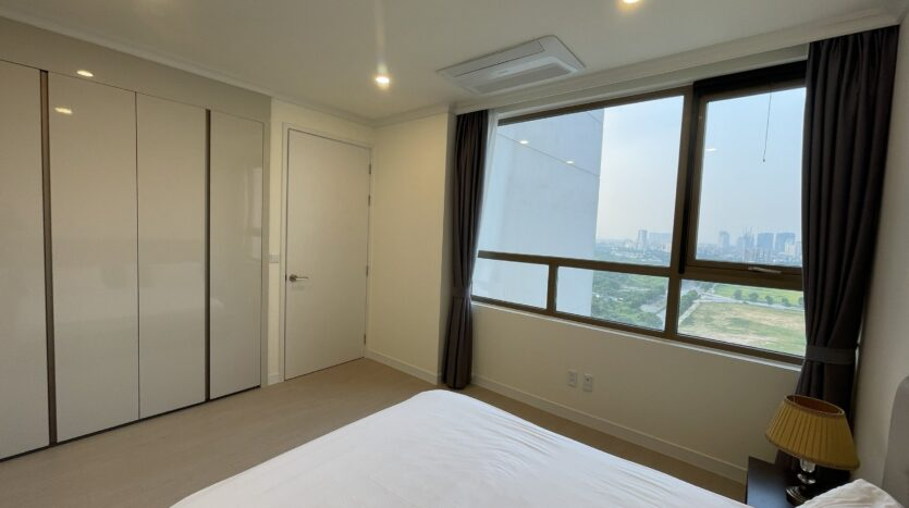 Amazing Full Furnished 3BRs in Starlake Urban City for Rent 7