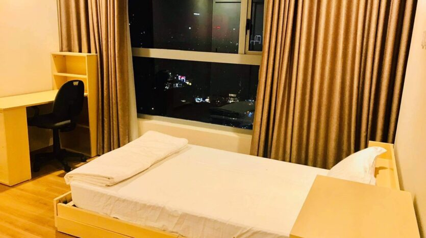 Lovely Full Furnished 3BRs for Rent in Nguyen Chi Thanh street 12