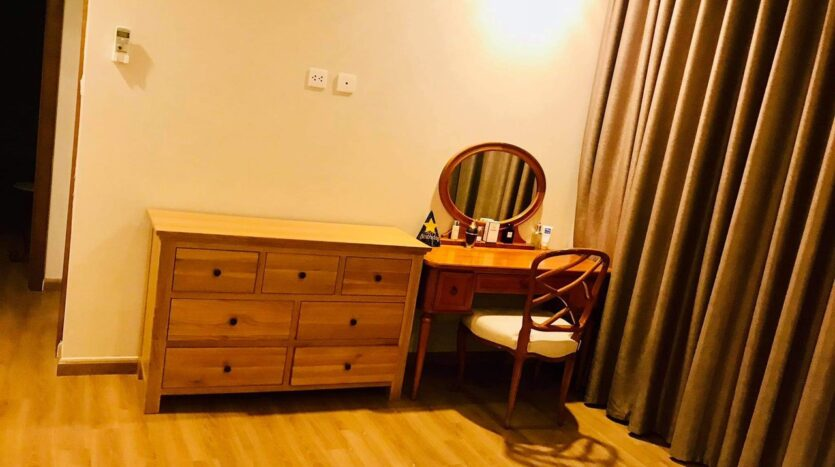 Lovely Full Furnished 3BRs for Rent in Nguyen Chi Thanh street 9