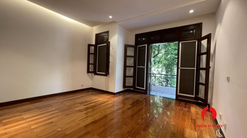 Nicely renovated villa in T7 Ciputra 13