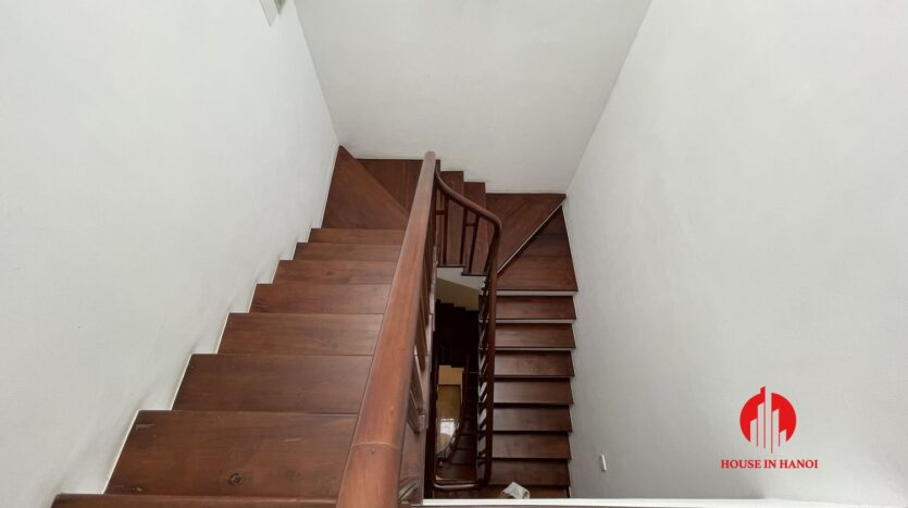 Nicely renovated villa in T7 Ciputra 17