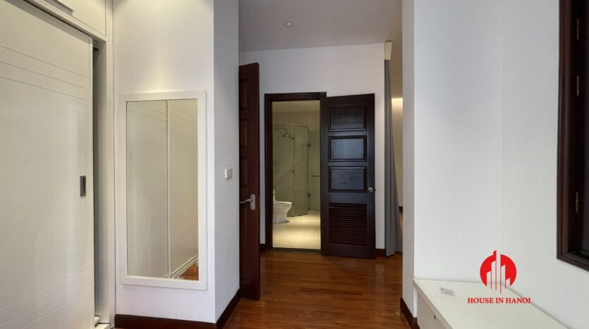 Nicely renovated villa in T7 Ciputra 19