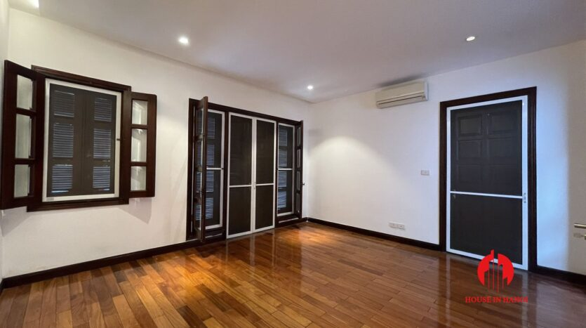Nicely renovated villa in T7 Ciputra 27