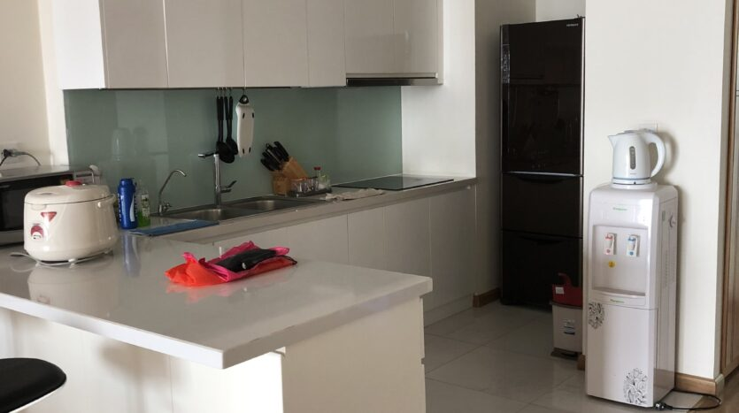 Warmish Apartment with 3 Bedrooms for rent in Vinhomes Nguyen Chi Thanh 1